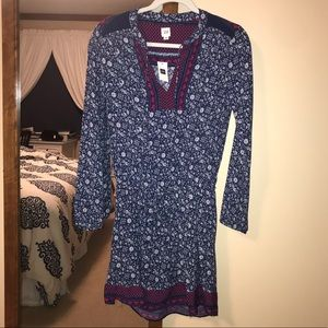 *NEW WITH TAGS* Gap Long Sleeve Dress
